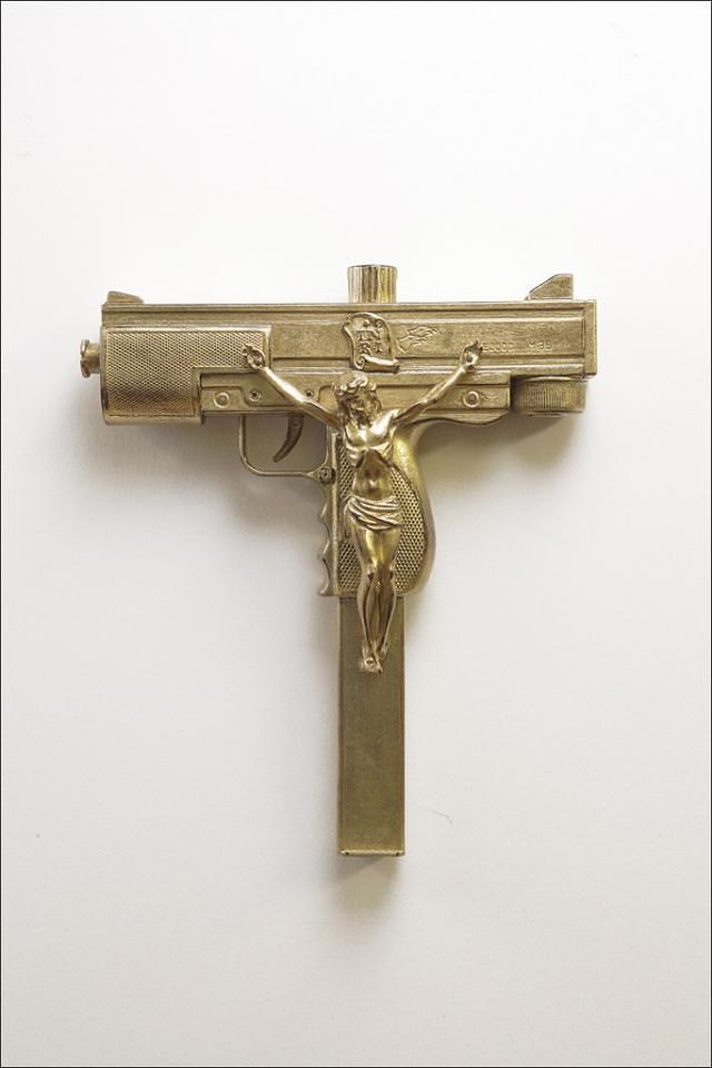 Seyo-Cizmic-With-God-on-Our-Side-Gilded-Uzi-replica-assault-pistol-with-hand-carved-crucifix